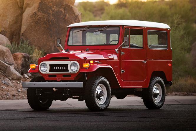 Тойота  показала концептуальный автомобиль  брутального кроссовера FT-4X