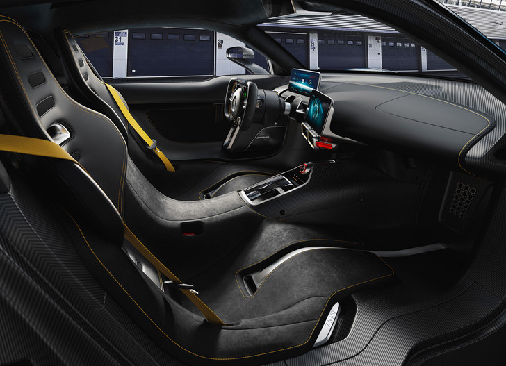 Фото №3 - На волю выпущен тысячесильный гиперкар Mercedes-AMG Project ONE