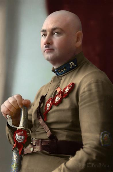 Фото №13 - Отретушированные Николай II, Маяковский, Ленин и другие твои старые знакомые. Такими ты их никогда не видел