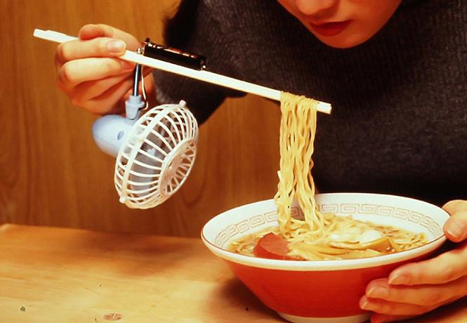 Фото №1 - Чиндогу — японское искусство создавать бестолковые гаджеты