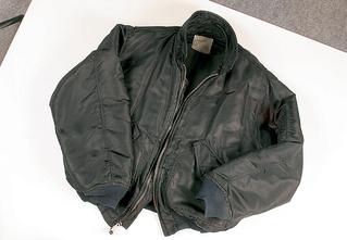 Бронь-кэжуал: 8 предметов гардероба, которые спасут тебе жизнь