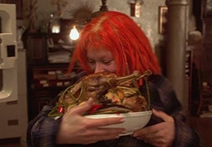 Фото №1 - После четырех лет воздержания девушка-веган снова стала есть мясо. И теперь ее не узнать (в хорошем смысле)