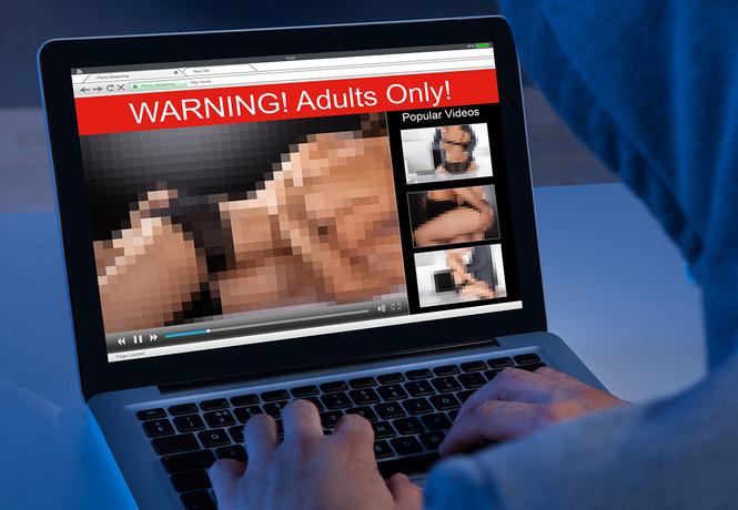 10 самых популярных запросов на порносайтах за последние 10 лет