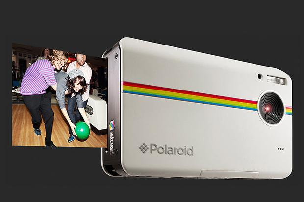Фото №2 - Гаджеты месяца: планшетный кикер, смартфон-электрокнига, возрожденный Polaroid