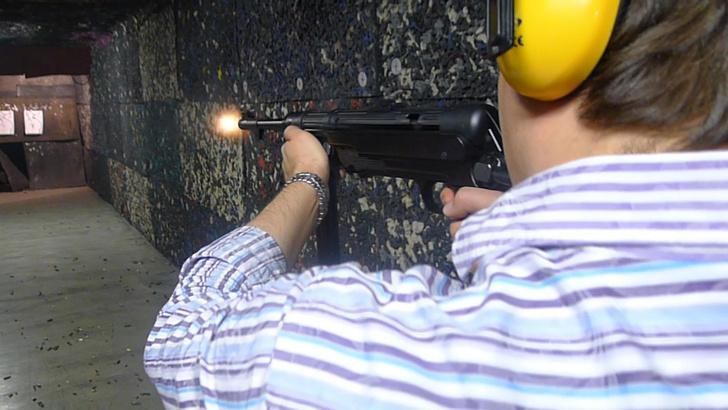 Фото №10 - Каково это— стрелять из ППШ, маузера, нагана, винтовки Мосина и еще девяти видов огнестрельного оружия