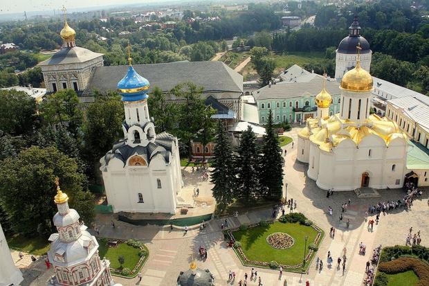 Фото №1 - Сергиев Посад станет «православным Ватиканом»