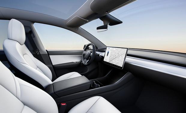 Фото №2 - Tesla Model Y: история  с именем