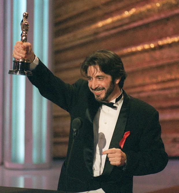Фото №1 - 18 памятных фотографий из истории «Оскара»