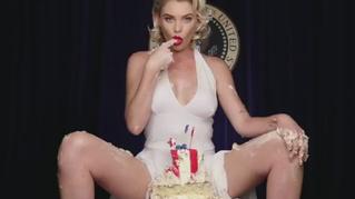 Самое эротичное подражание Мэрилин Монро за последние 50 лет (видео!)
