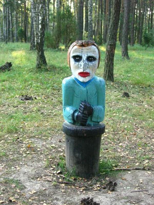 Фото №16 - Самые странные (и страшные!) дизайнерские решения в оформлении русского двора