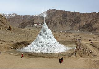 Мокроступа: первый искусственный ледник