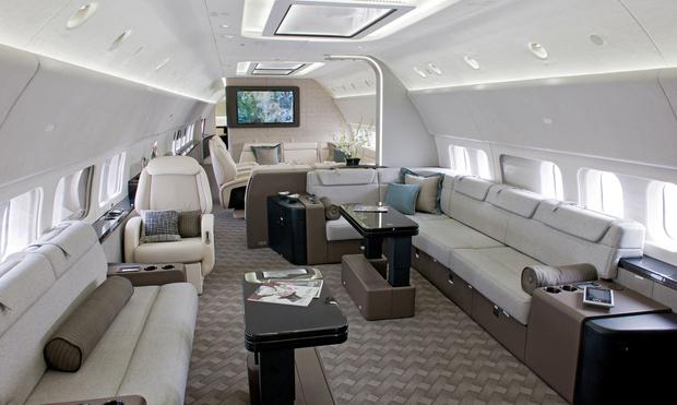 Фото №5 - Летающие лимузины! Как выглядят пассажирские самолеты, превращенные в частные