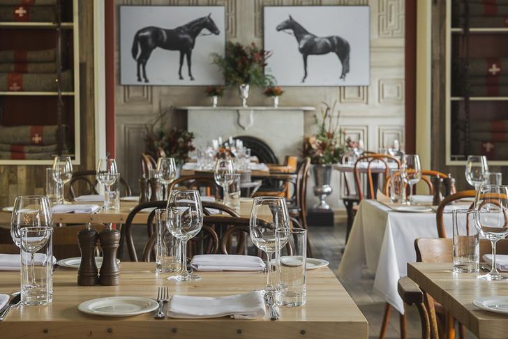 Фото №4 - Американская демократия и новогодние акции в ресторане Saxon+Parole