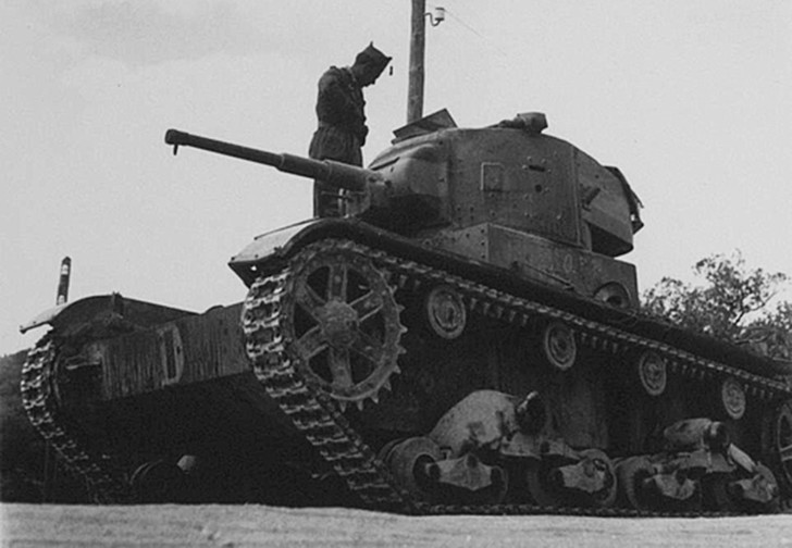 Фото №1 - Операция Х. Первый танковый бой в истории РККА: Т-26 против итальянских огнеметных танкеток