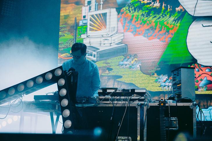 Фото №20 - «Мумик-Кон»: пиратская копия концерта группы «Мумий Тролль» утекла в сеть