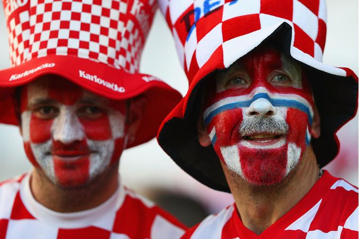 Фото №8 - Слепой испанец, бешеные ирландцы и Дед Мороз. Почему фанаты на Евро-2016 — это не только драки