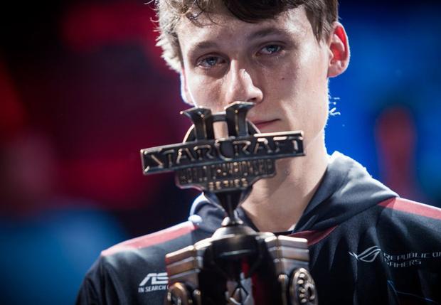 Фото №2 - Впервые в истории StarCraft чемпионом мира стал не кореец