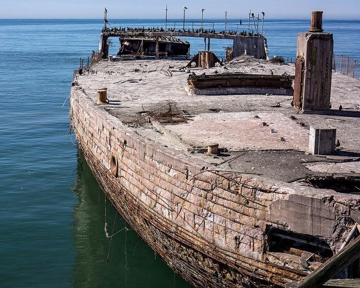 Фото №1 - Железобетонные корабли: ушедшая эпоха в 11 фотографиях
