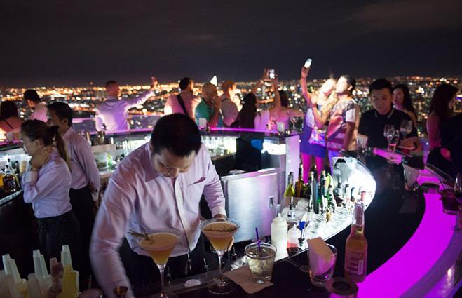 Бар Sirocco at Lebua State Tower, Бангкок