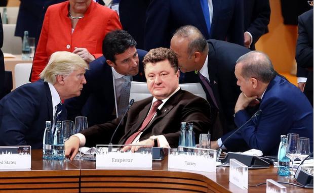 Фото №10 - Масштаб личности: лучшие шутки о прифотошопленном Путине на саммите G20