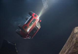 Рекорд Гиннесса: «бочка» на серийном автомобиле. Видео!