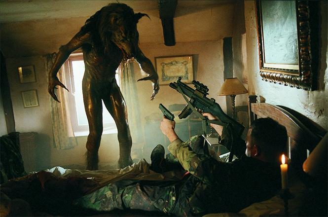 Фото №1 - 12 лучших хорроров 2000-х, которые ты мог пропустить