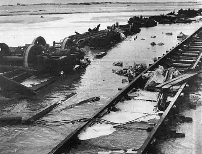 Фото №10 - Самые впечатляющие фото железнодорожных катастроф