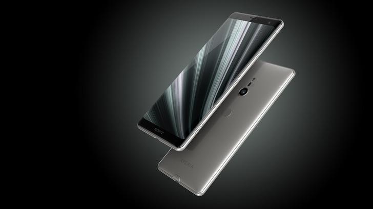 Фото №7 - Любовь с первого использования: Xperia XZ3 скоро поступит в продажу