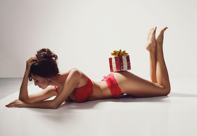 Лучшие подарки на 8 Марта, о которых мечтает каждая нормальная (с нашей точки зрения) женщина!