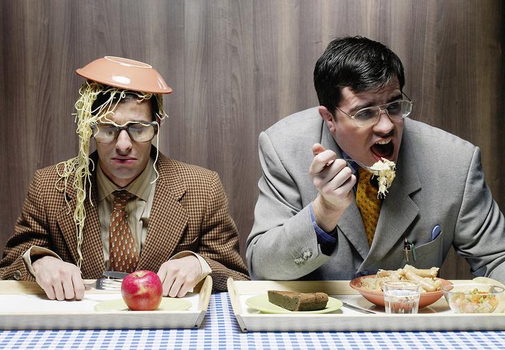 Фото №5 - Пусть сильнее грянет буллинг! Почему мужчинам так нравится издеваться друг над другом