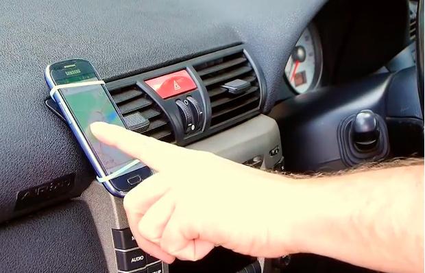Фото №6 - Как самому сделать автомобильный держатель для смартфона