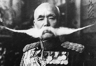 Самые любопытные факты из всемирной биографии усов
