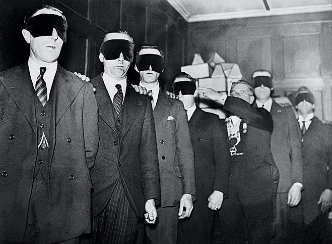 Кандидаты в масонскую ложу