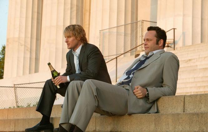 Двое парней решили пожениться. И вовсе не потому, о чем ты подумал!