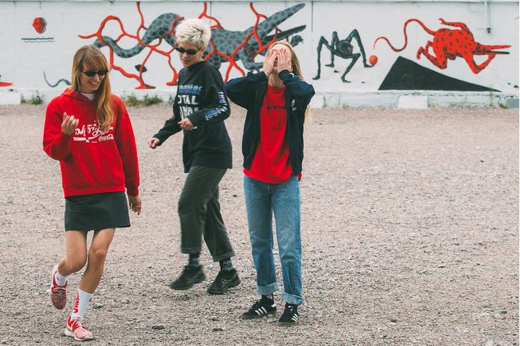 Фото №6 - Питерский бренд St. Friday Socks выпустил «уличные» носки с граффити