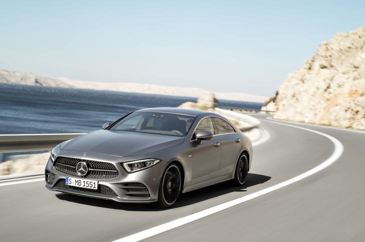 Фото №10 - Новый Mercedes CLS придется полюбить или возненавидеть
