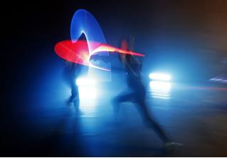 Во Франции бои на световых мечах стали официальным видом спорта (джедайское видео)