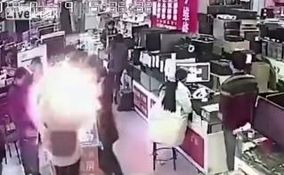 Мужик укусил батарею айфона — и та взорвалась! (феерическое ВИДЕО)