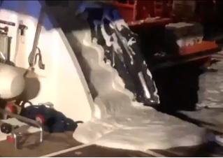 Яхта с Владимиром Кличко и его семьей загорелась в Средиземном море (видео ЧП)