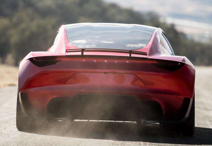Фото №9 - Tesla представила новый спорткар, и он слишком быстр для этой планеты