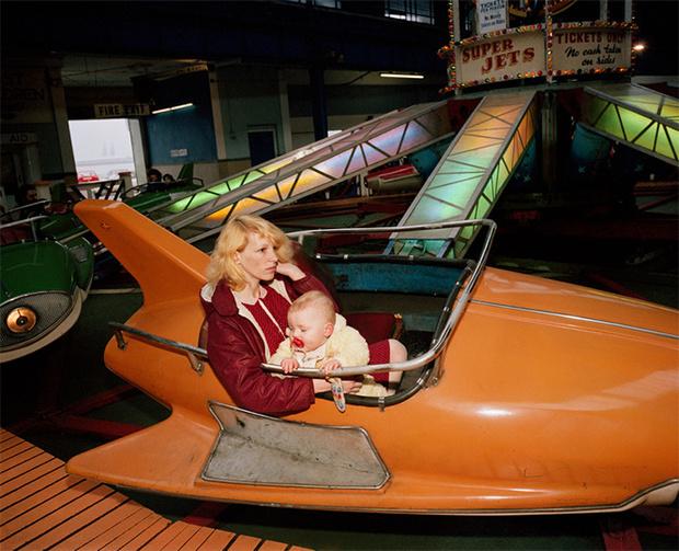 Фото №8 - Обычный туристический ад: фотографии английского курорта в 80-е