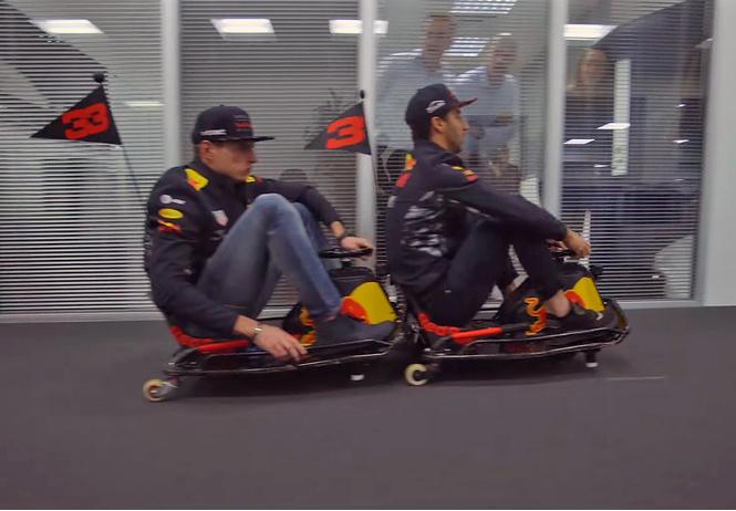 Пилоты Формулы-1 гоняют на миникартах по офису гоночной команды. И это очень смешно