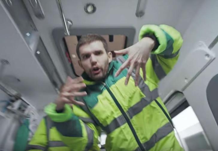 Фото №1 - Провокационный клип Noize MC «Чайлдфри», посвященный Дню защиты детей