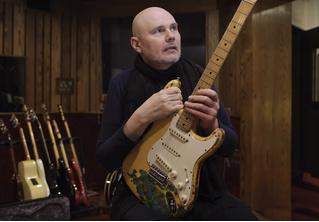 Рок-н-ролльное невероятное: группе Smashing Pumpkins вернули гитару, украденную 27 лет назад