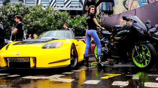 Фото №5 - Тусовка на парковке: Outlow Garage в ТРЦ «Азовский»