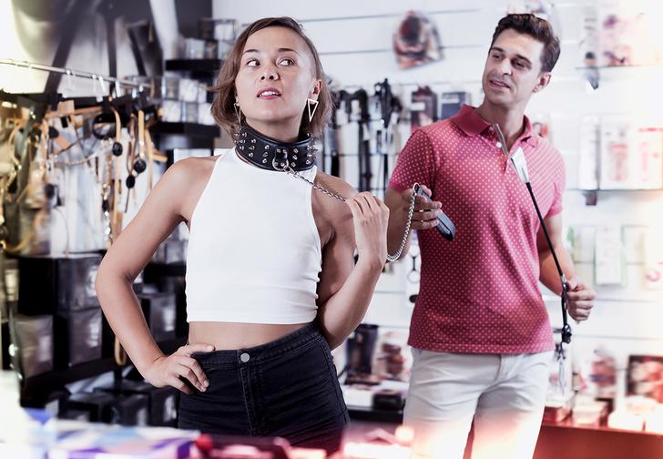 Фото №1 - Сотрудник секс-шопа рассказывает о своей работе! Откровенно и без купюр
