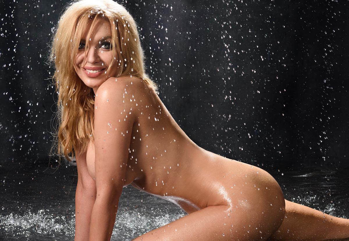 Голые русские певицы фотомонтаж, мжм би секс порно онлайн