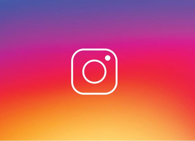 Instagram собирается разрешить пользователям делиться чужими фото в своей ленте