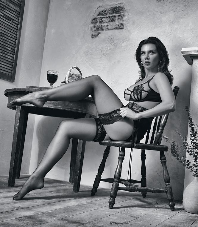 Фото №4 - Итальянские каникулы: Анна Седокова в объективе Антонио Бандераса!