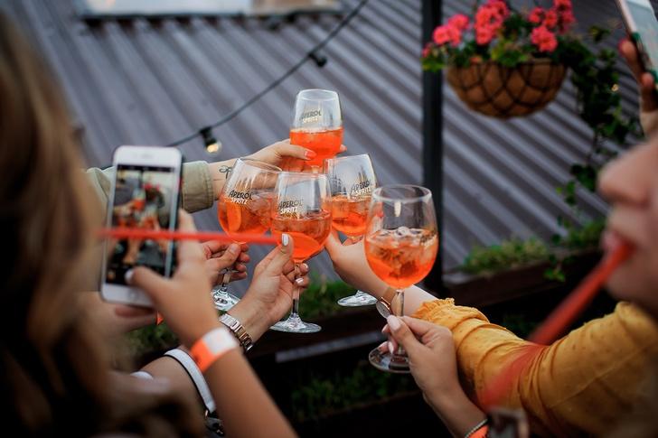 Фото №1 - Aperol организует оранжевые вечеринки